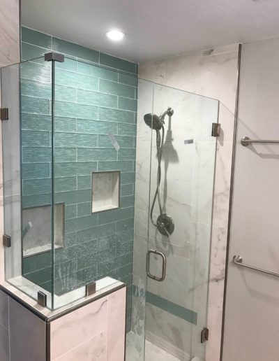 Quality bathroom remodeling with Quartz Construction & Remodeling Company
