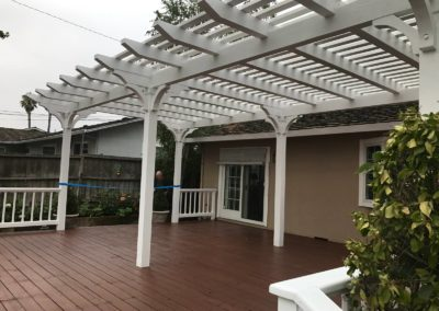 Wooden pergola by Quartz Construction San Jose