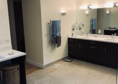 new bathroom design by Quartz Construction San Jose